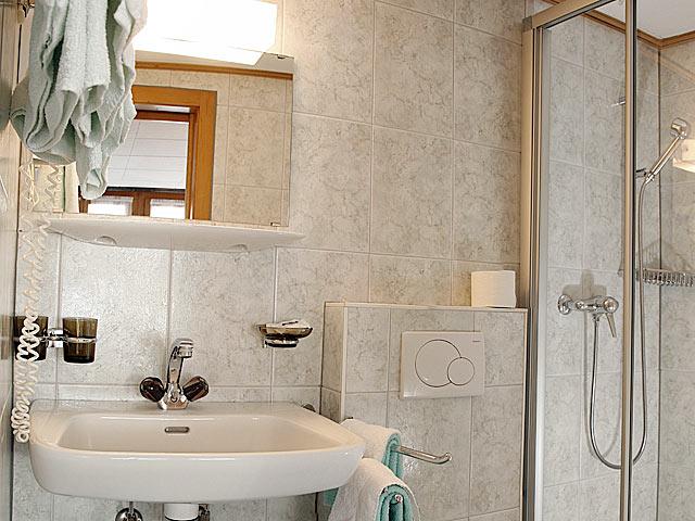 Chambre double – standard - Hotel Restaurant Helvetia Zermatt